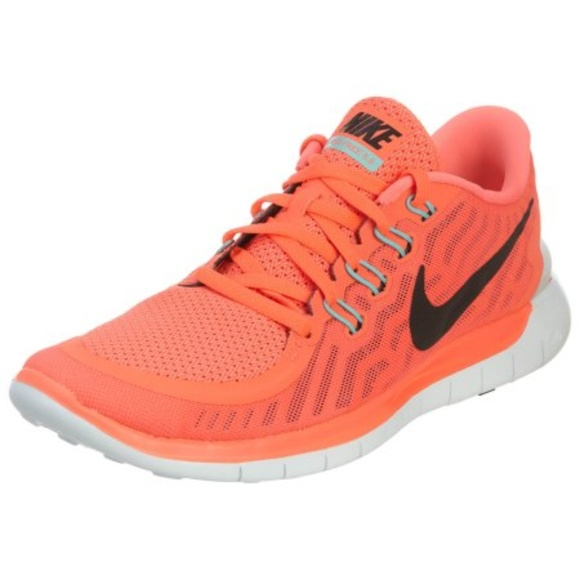 6f73eb092a5 Nike Free 5.0 Women s Running Shoe - Size 9.5. M 5aa976b92c705d2f507ddde3